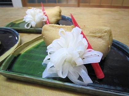 古代米稲荷寿司