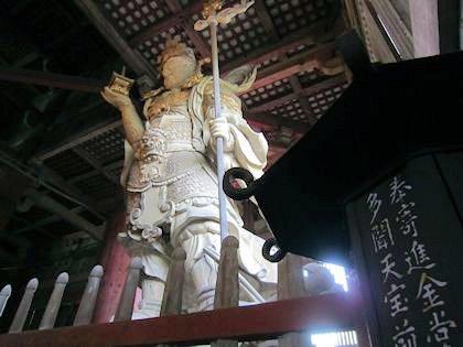 東大寺大仏殿の多聞天