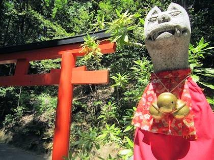 三輪浄願稲荷神社