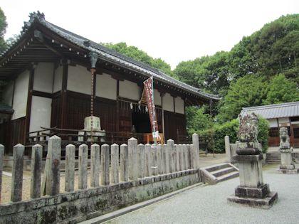 長尾神社拝殿と絵馬殿