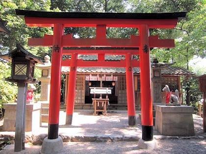 成願稲荷神社の鳥居