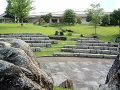 万葉文化館常盤の広場