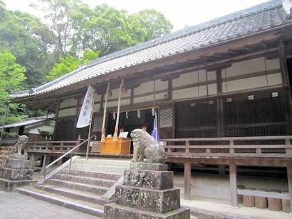 笛吹神社拝殿