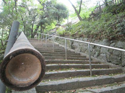 笛吹神社の石段