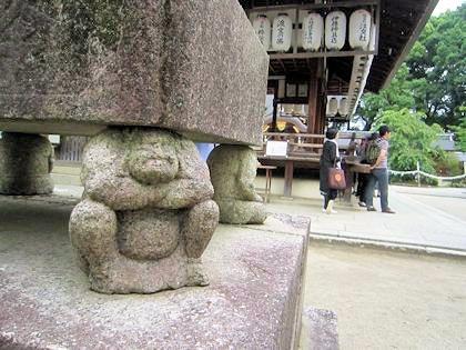 今宮神社の石灯籠