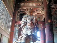 東大寺大仏殿の広目天