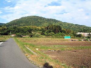 三輪山への道