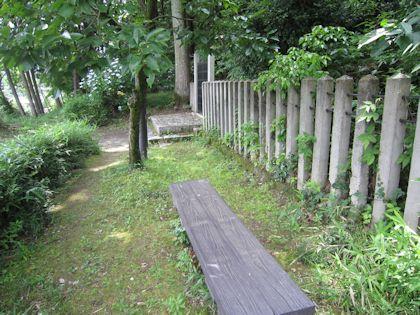 日本武尊白鳥陵のベンチ