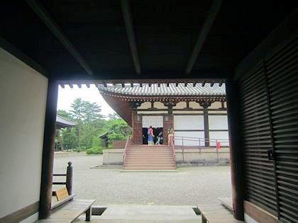 唐招提寺礼堂の馬道