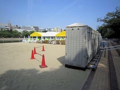 AVALON Beach OSAKAの簡易トイレ