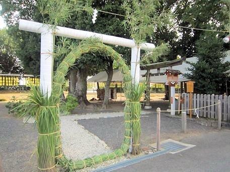 綱越神社の茅の輪くぐり