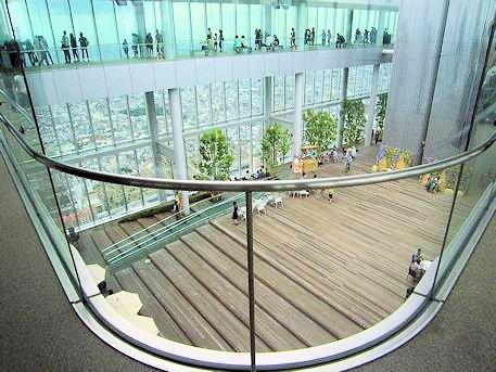 天上回廊と天空庭園