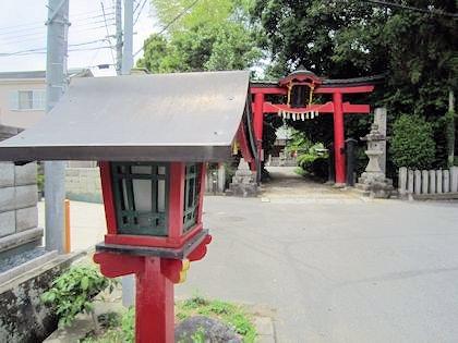 長尾神社の燈籠