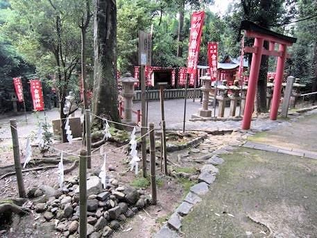 春日大社の枚岡神社遥拝所