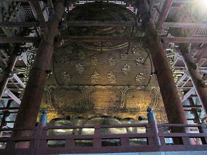 東大寺大仏の光背
