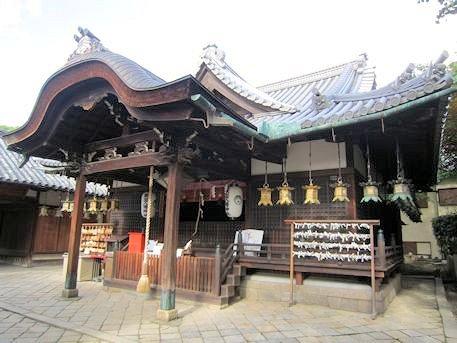 薬園八幡神社幣殿
