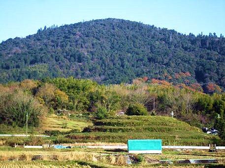 茅原大墓古墳と三輪山