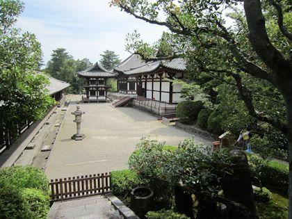 唐招提寺開山堂からの光景