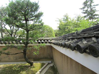 唐招提寺開山堂の塀