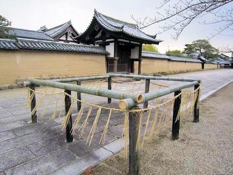 法隆寺伏蔵と大湯屋