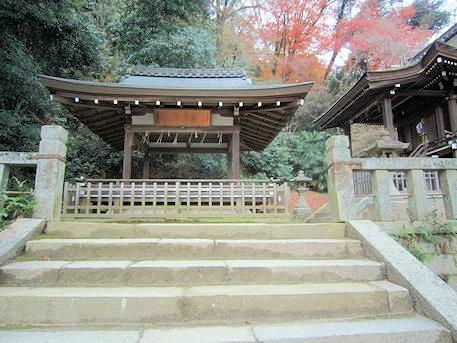 高良神社舞殿