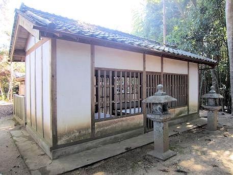 弘計皇子神社拝殿