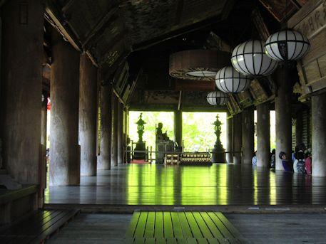 長谷寺礼堂のびんずる尊者