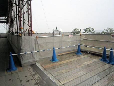 興福寺中金堂再建現場の張り出し口