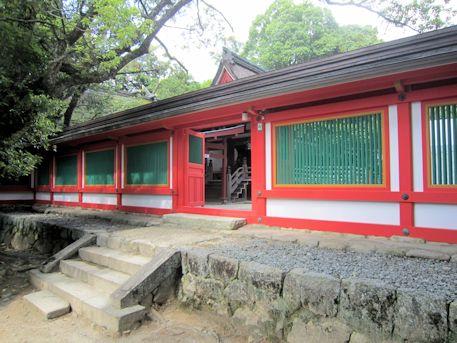 石上神宮の回廊