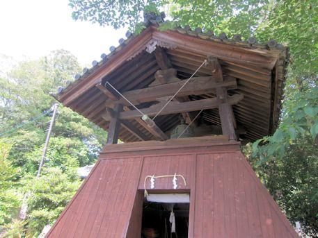 鏡作神社の鐘楼