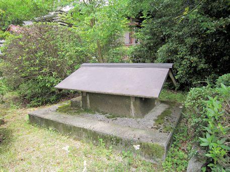 子嶋寺の井戸