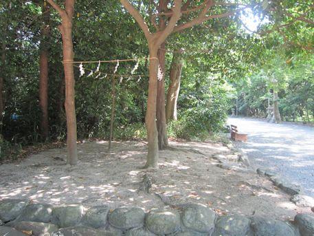 鏡作神社の聖域