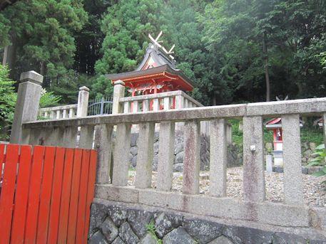 十二柱神社本殿