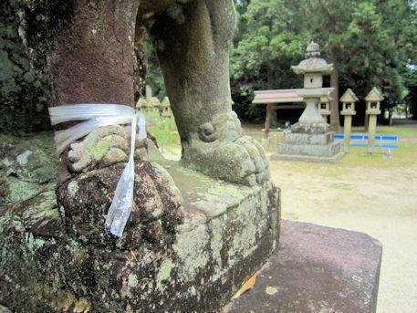村屋神社の狛犬