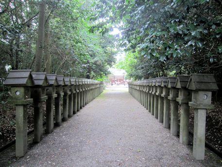 村屋神社参道
