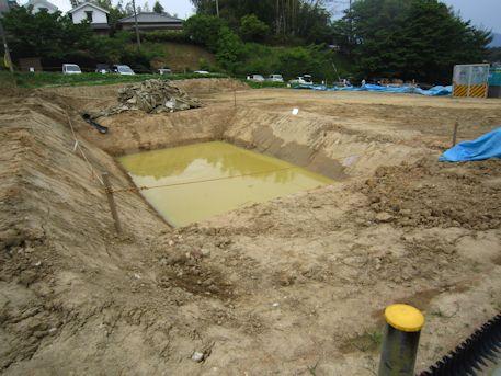 キトラ古墳の溜池