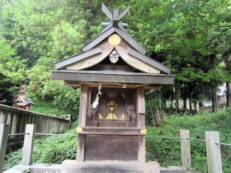 十二柱神社の武烈天皇社