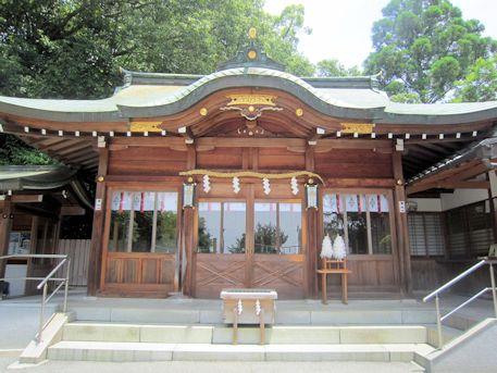 大神神社の自動車御祓所