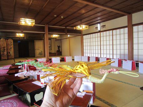 鶴と披露宴会場