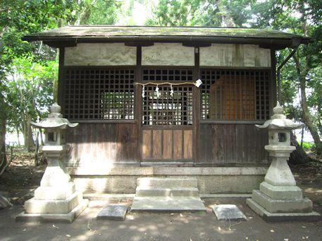 高市御縣神社拝殿