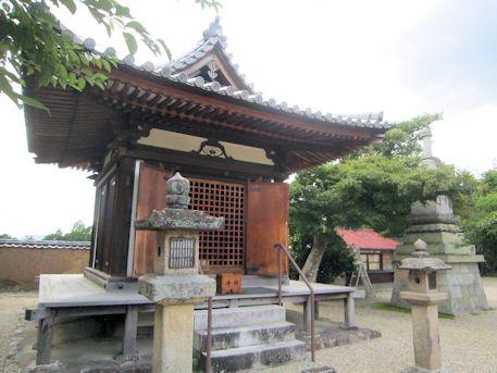 新薬師寺の地蔵堂