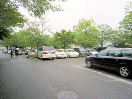 龍田大社駐車場