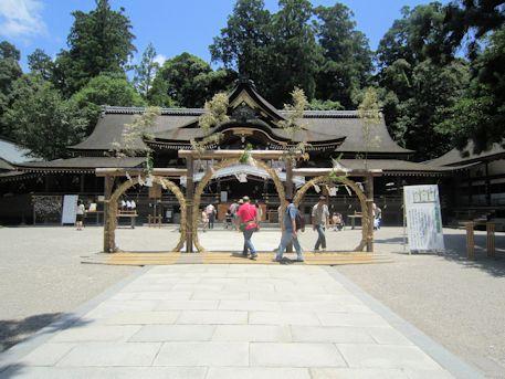 大神神社の茅の輪くぐり