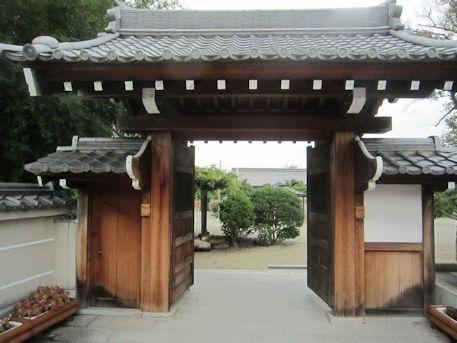 達磨寺西門