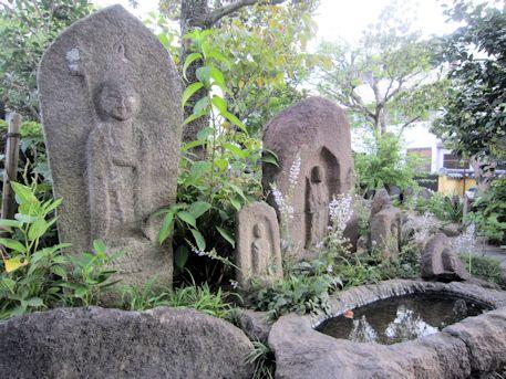 福智院の地蔵石仏