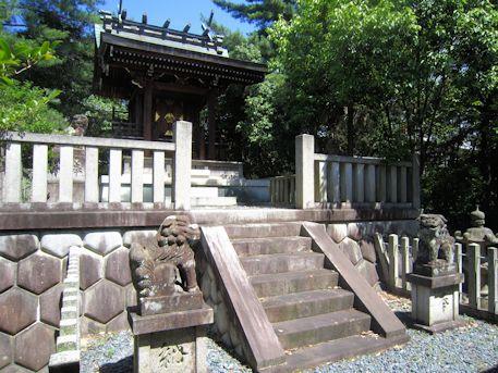 三島神社本殿