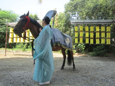 おんぱら祭の神馬曳き
