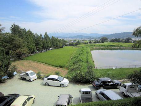 葛城一言主神社の駐車場