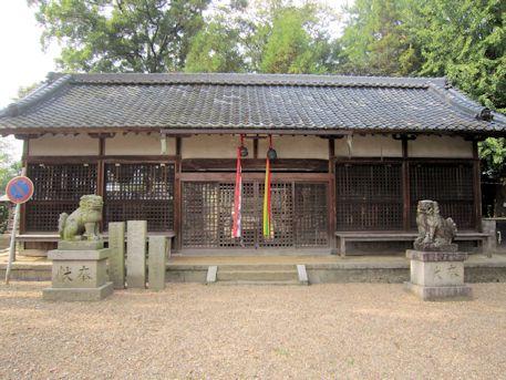春日若宮神社拝殿