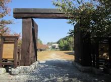 高取城松の門